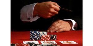 membaca kartu poker online milik lawan